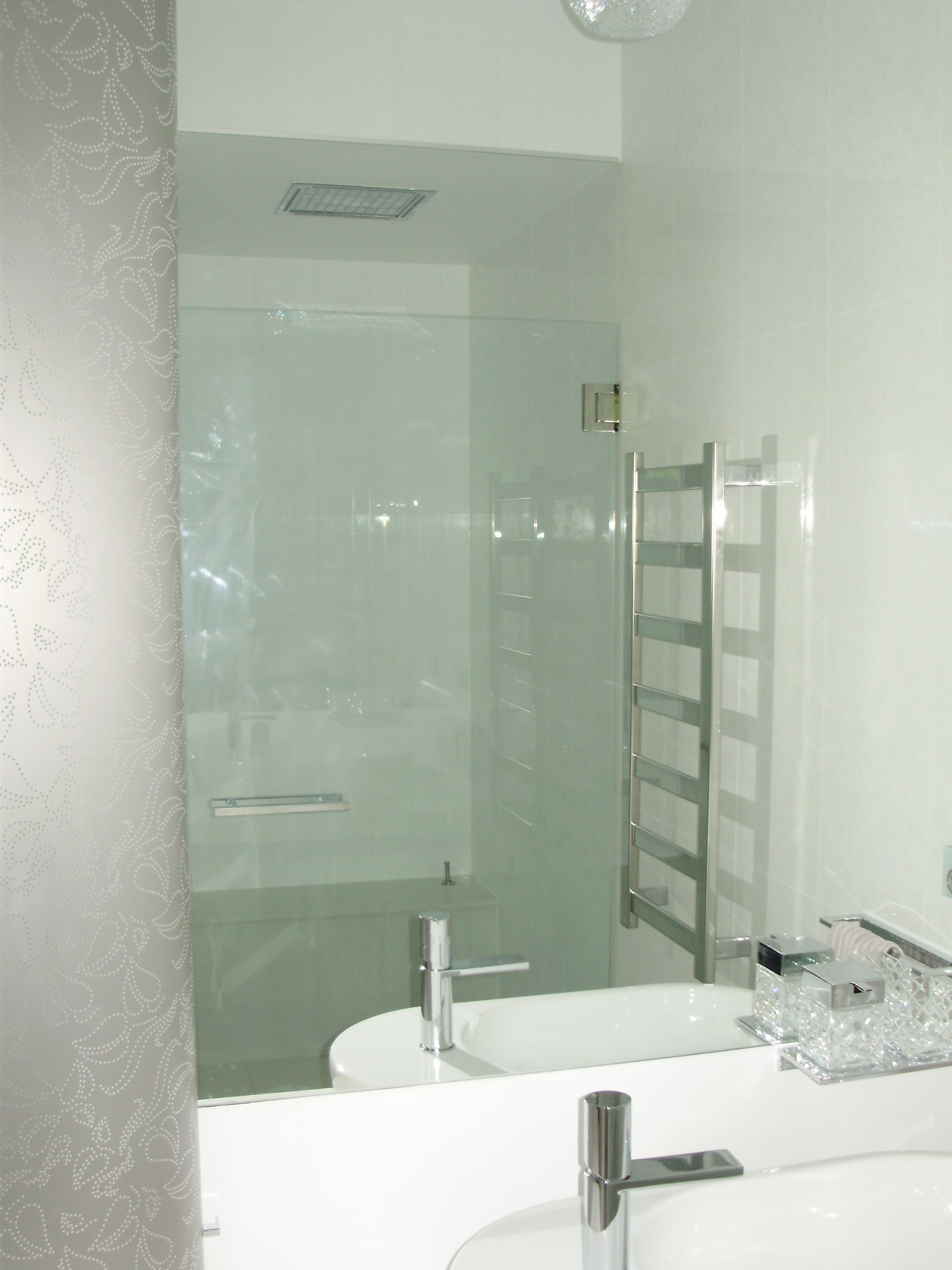 Shower screens Adelaide